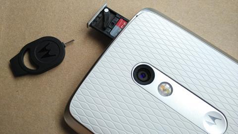 Moto X Play microsd