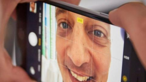 iPhone 6S Selfie