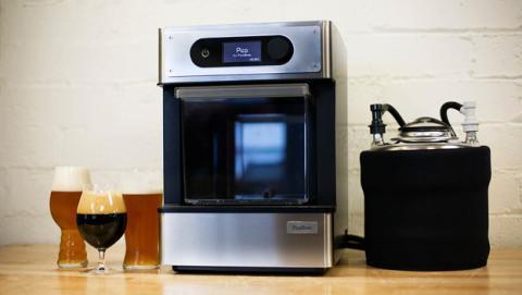 Prepara tu propia cerveza en casa con esta máquina