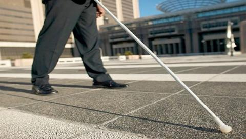 Un dispositivo para que los ciegos vean a través del sonido