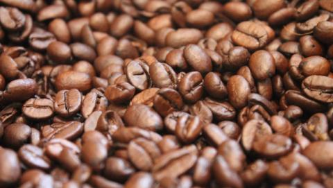 Descubren micotoxinas en marcas de café de venta en España