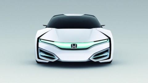 Honda presenta FCV Clarity, un coche con motor de hidrógeno