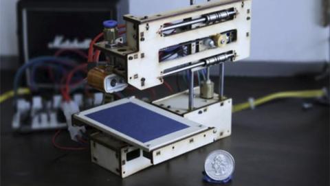 Baby 3D, la impresora 3D que cabe en la palma de la mano