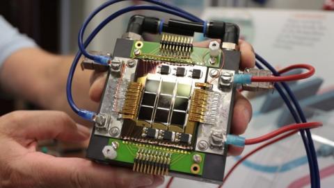 IBM trabaja en un procesador que se alimenta de sangre electrónica