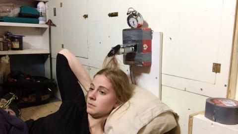 Despertador Arduino que pega bofetones