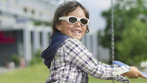 Unas gafas electrónicas para tratar el ojo vago en los niños