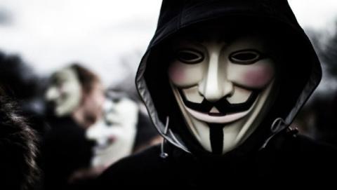 Anonimato en Internet, ¿qué es mejor: VPN o TOR?