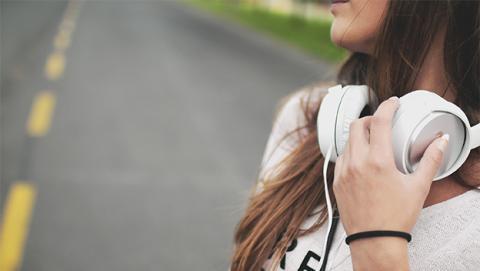 Diferencias entre los tipos de auriculares: claves, consejos y guía de compra