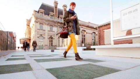 Las zapatillas del futuro cargarán tu móvil mientras andas