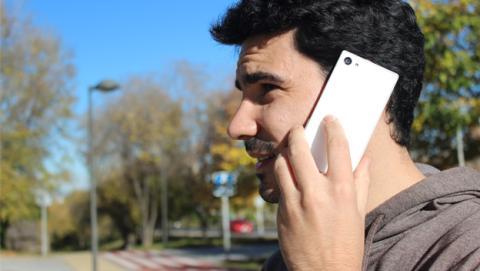Sony Xperia Z5 Compact llamando