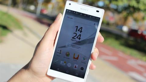 Sony Xperia Z5 Compact pantalla