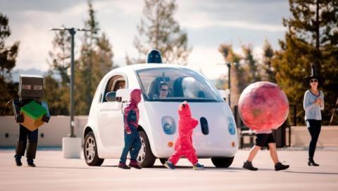 Así se comunicará el coche autónomo de Google con peatones