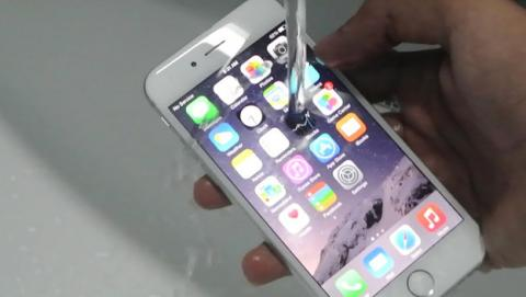 iphone resistente al agua