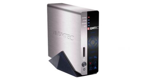 El disco duro externo, necesita de una alimentación adicional que habitualmente viene en forma de toma de corriente eléctrica