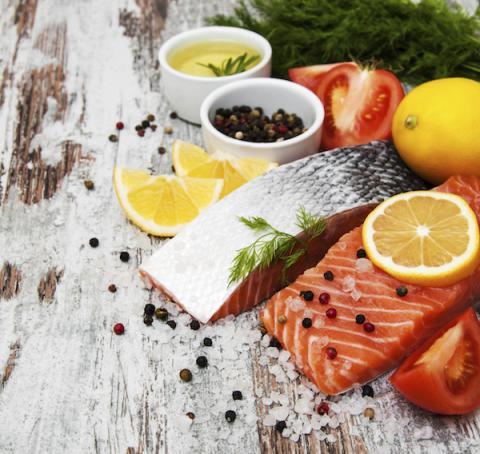 Comer pescado ayuda a adelgazar
