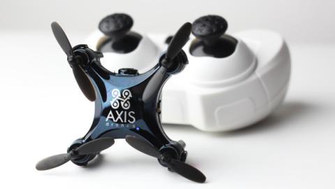 drone pequeño con cámara
