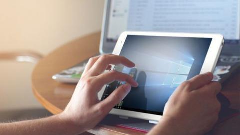 Chiwi Hi8 Pro es una tablet con Windows 10 y un procesador Intel X5 de cuatro núcleos, 2 GB de memoria RAM y 32 GB de almacenamiento por menos de 97 dólares.