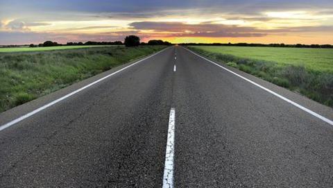 robot addibot repara carreteras rotas