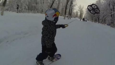 Llega el Droneboarding, tablas de snowboard impulsadas por un drone
