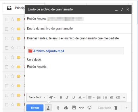 Se han mejorado algunas funciones para permitir vincular archivos de gran tamaño alojados en Google Drive al contenido de los correos enviados desde una cuenta de Gmail
