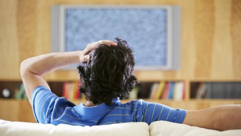 Resintonizar el televisor por la banda de 700 MHz
