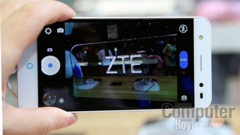 La pantalla de 5 pulgadas HD ofrece una imagen nítida