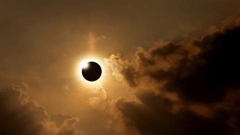 Cómo ver online el primer eclipse solar del 2016