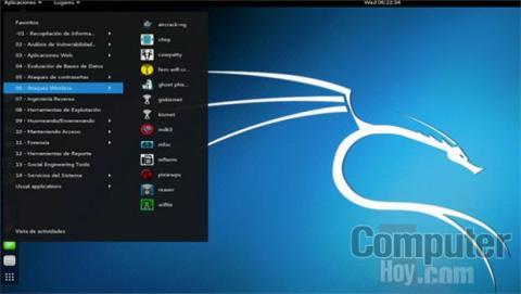 Una de las principales virtudes de Kali Linux son las más de 300 herramientas y aplicaciones relacionadas con la seguridad informática que incluye esta distribución.