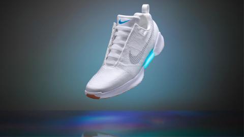 Llegan las Nike HyperAdapt 1.0, las zapatillas con robocordones