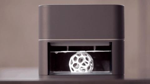 OLO, la impresora 3D que utiliza la luz de tu smartphone