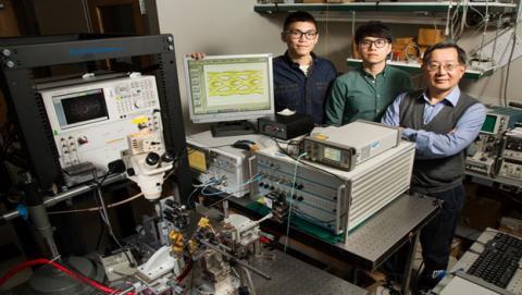 Récord transmisión fibra óptica
