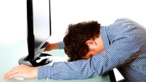 No es agradable tener un zumbido, pitido o ruido constante durante horas y horas.