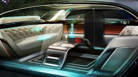 Un mayordomo holográfico en el interior de tu coche