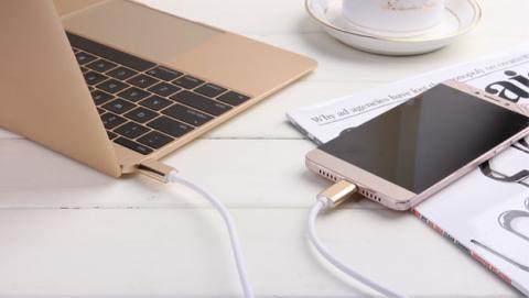 No te la juegues con tu cable USB tipo C, usa uno de calidad