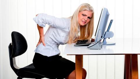 Evita dolores mejorando la ergonomía de tu espacio de trabajo