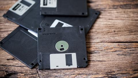 Las bombas atómicas de EEUU aún funcionan con disquetes