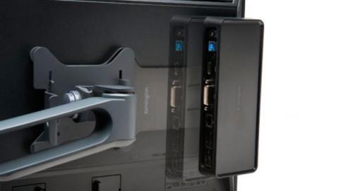 Kensington SD 3600 permite su instalación en la parte trasera de un monitor mediante un soporte VESA opcional