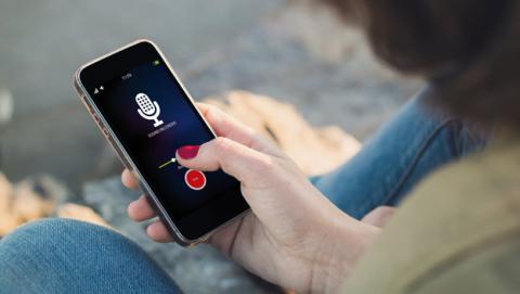 Convierten el motor de vibración de un móvil en un micrófono