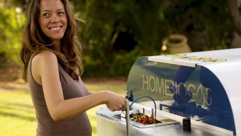Este compostador transforma tus residuos orgánicos en gas