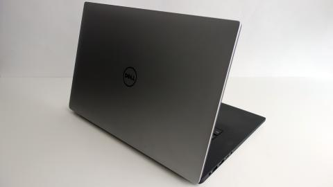 Dell XPS 15 tapa trasera