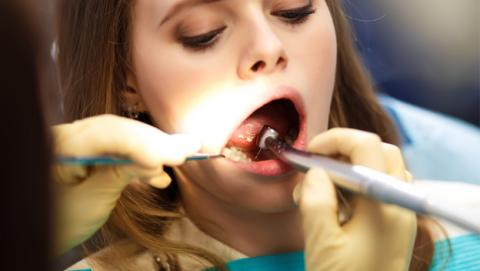 Llega la alternativa a la endodoncia: regenerar dientes | Imagen: Shutterstock
