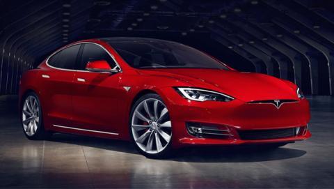 Otro coche Tesla sufre un accidente con su piloto automático