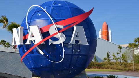 Entrada al edificio de la NASA