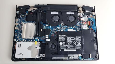 Imagen sin tapa del Lenovo Y700