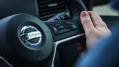 Nissan presenta ProPILOT 1.0, un sistema de conducción autonoma