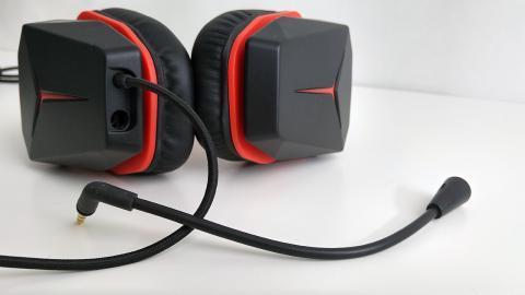 jack de micrófono del Lenovo Y gaming surround sound headset