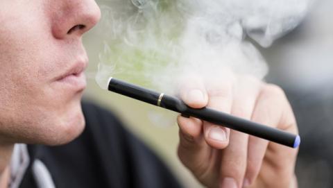 Cigarrillos electrónicos: polémica por un nuevo estudio