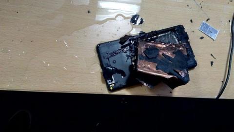 Una cámara graba la explosión de un Xiaomi Mi4i