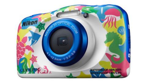 Nikon presenta la CoolPix W100