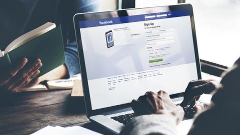 Cómo cambiar el idioma para poner Facebook en español